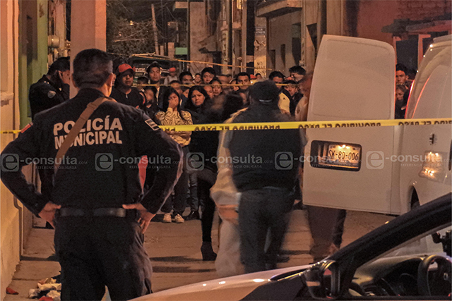 Matan a padre y hieren a hijo tras riña en San Jerónimo Caleras