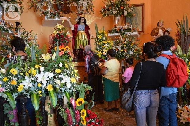 Festejan a San Miguel en Atlixco