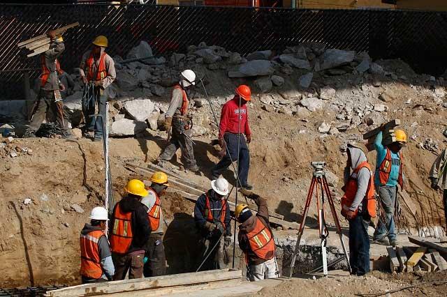 Sector de la construcción crecerá hasta 4% por efecto del sismo