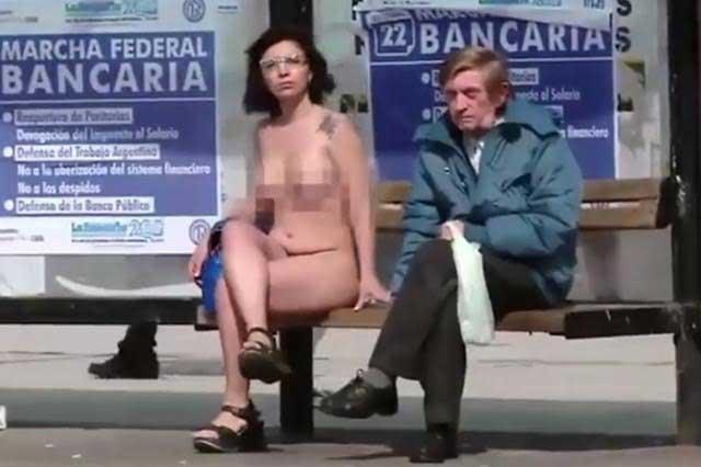 VIDEO Cuatro mujeres se desnudan en pro de la lactancia en Argentina