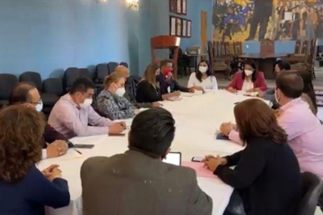 Regidores discuten sobre uso de celulares en Cabildos de Atlixco