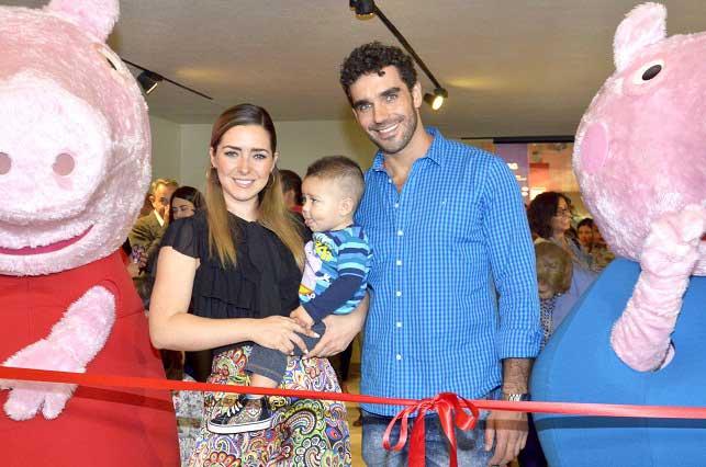 Ariadne Díaz sufre el precio de la maternidad