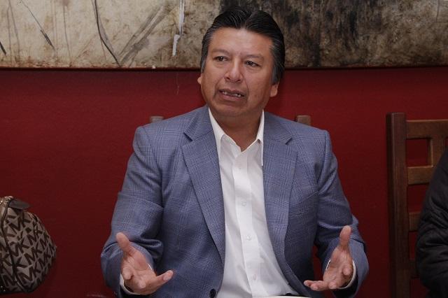 CEN del PRD va contra su diputado en Puebla por apoyar a Barbosa