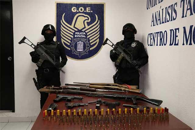 Detienen en la Mixteca a 3 sujetos con armas de fuego y municiones