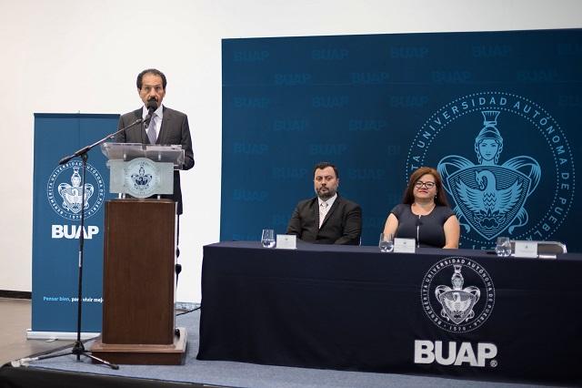 Subraya rector Esparza talento e innovación en la ARPA-BUAP