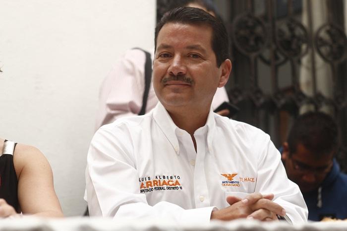 Luis Alberto Arriaga en su faceta de político