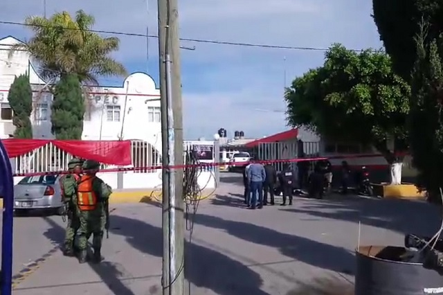 Arrojan explosivo en la presidencia de Tochtepec