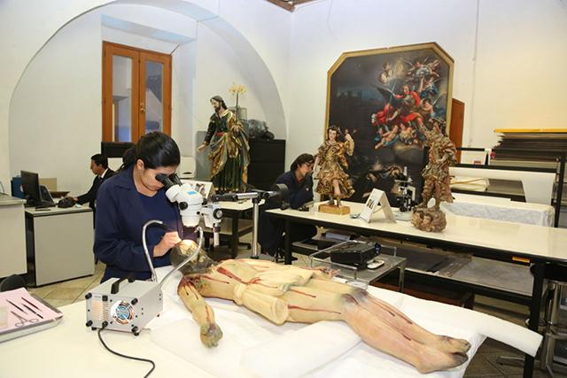 Restauran piezas de arte sacro dañadas por el sismo