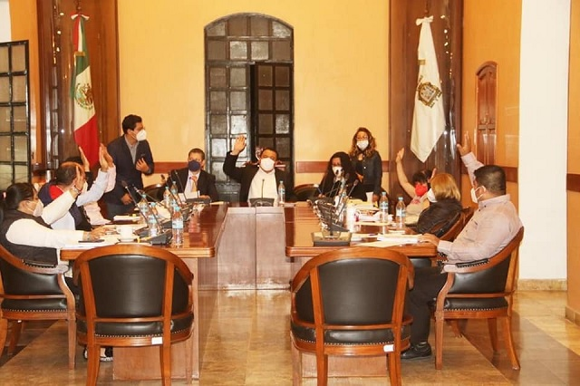 En Cabildo votan por continuar opacidad en Tehuacán