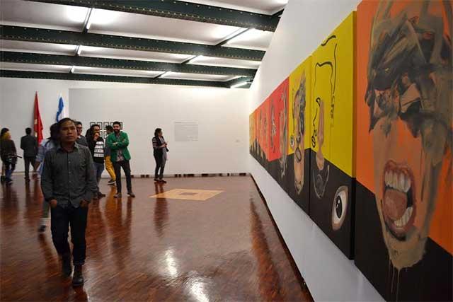 Alumnos de la BUAP participan en expo colectiva de artes plásticas
