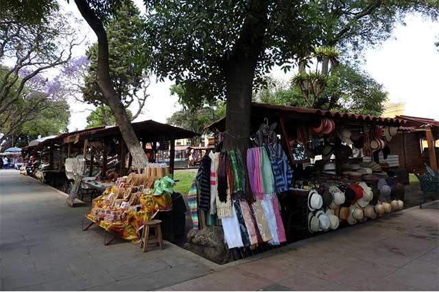 CDH Puebla investiga desalojo de artesanos en Cholula
