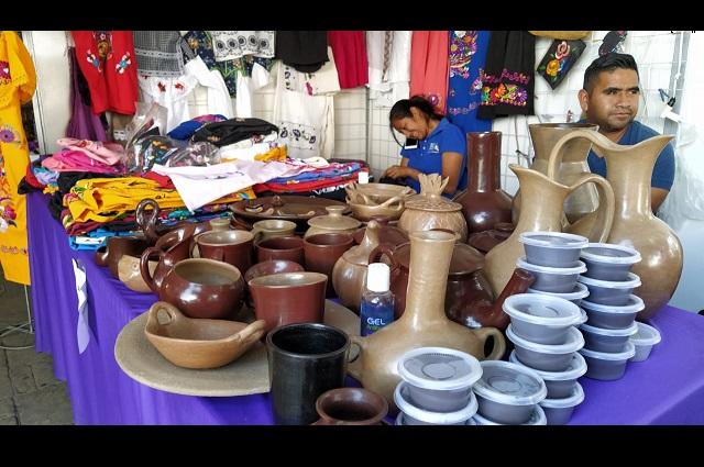 Retiran a artesanos de parque Juárez en Tehuacán por Covid-19