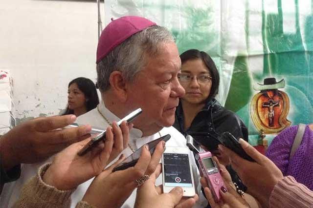Pide arzobispo a empleadores pagos superiores al salario mínimo