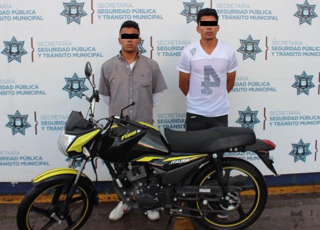 Capturan a asaltantes de motos y un Oxxo al sur de Puebla