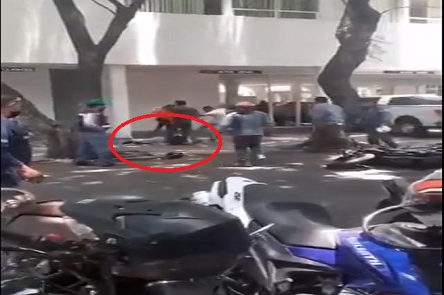 Hombres golpean a delincuentes en Coyoacán