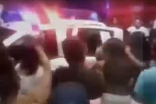 Video: Habitantes de Naucalpan capturan a 2 ladrones y los golpean