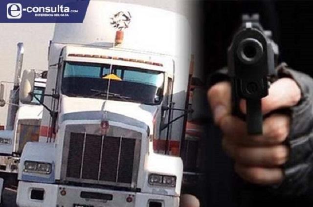 Ofrece Federación combatir los robos en carreteras de Puebla