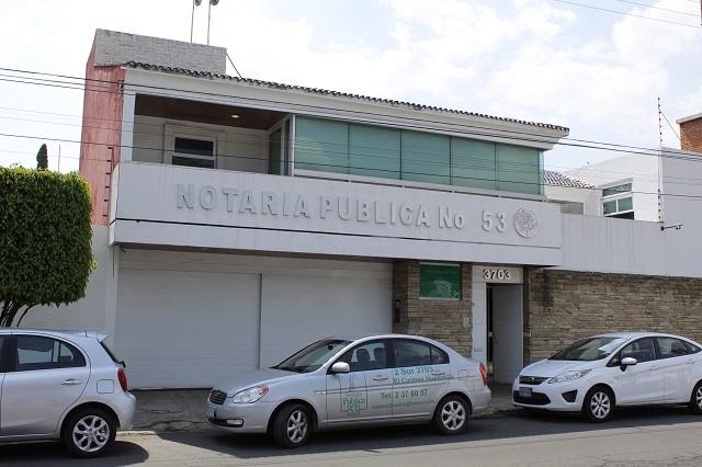 Retiran sellos y libros a notaría de Mario Marín tras fuga