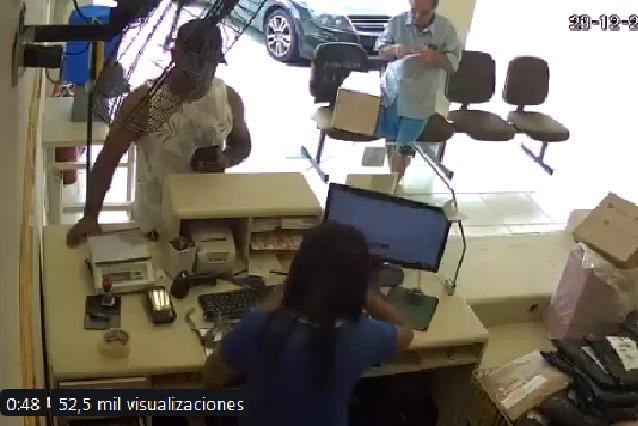 Video: Hombre dispara a ladrón y preguntan en redes si es ¿Héroe o Asesino?