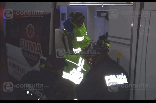 Disparan a pasajero en asalto en autobús en Tlatlauquitepec