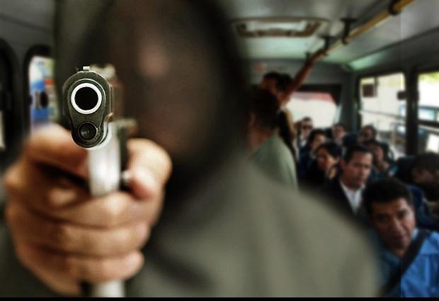 Acusan aumento de asaltos en transporte público