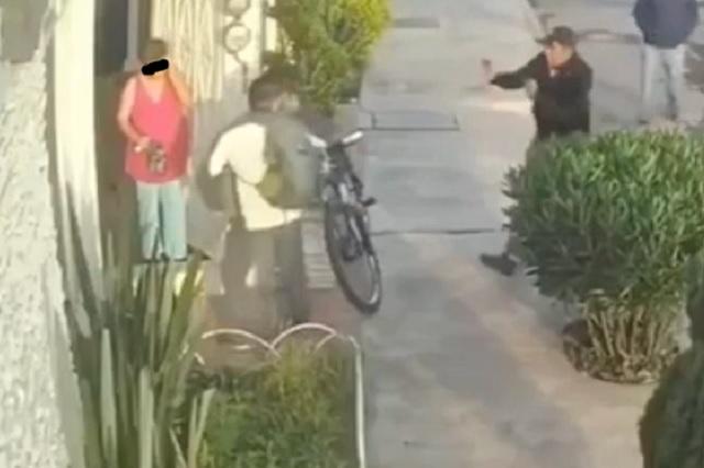Con arma de fuego asaltan a vecino de San Manuel