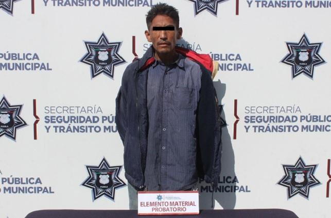 Detuvo policía de Puebla a asaltante del transporte público