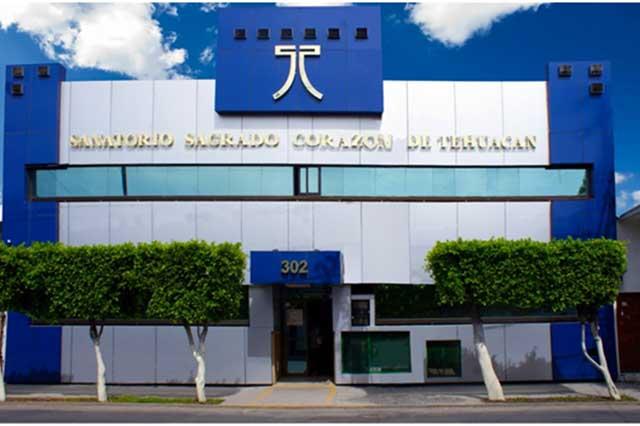Trío de asaltantes perpetra violento atraco en hospital de Tehuacán