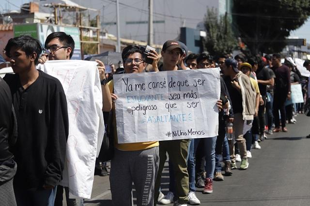Juntan en Tlaxcalancingo víveres para el movimiento universitario
