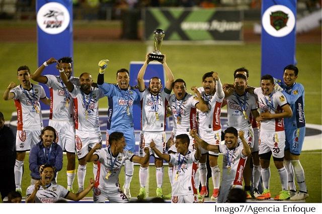 Futbol, el verdadero deporte rey en México, revela encuesta