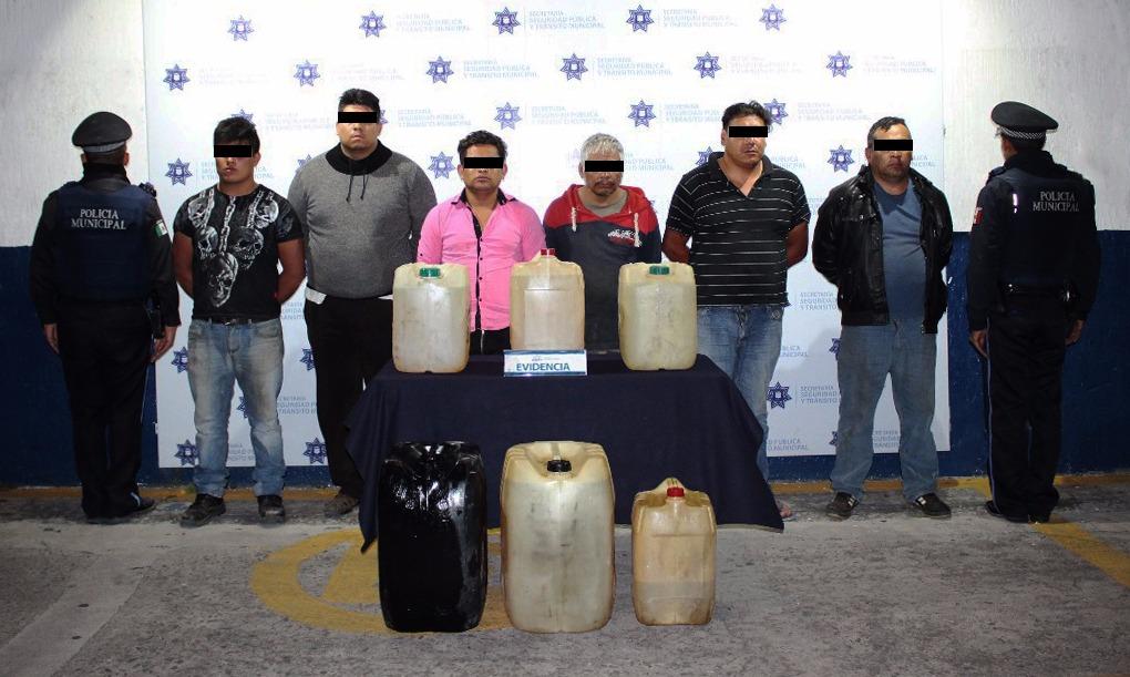 Detienen a 6 personas con hidrocarburo robado en Puebla