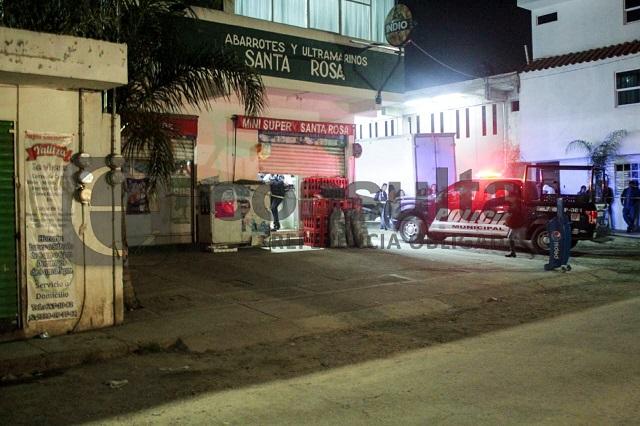 Asesinan a dos hermanos en asalto a tienda de abarrotes al sur de Puebla