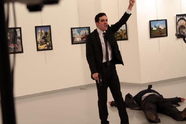 Matan a tiros al embajador de Rusia en Turquía