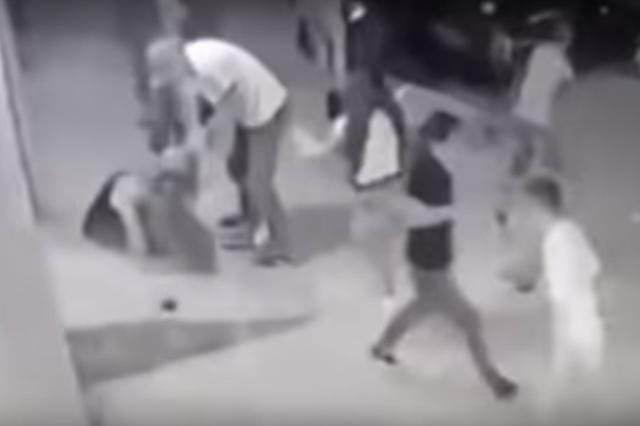 Graban asesinato de una mujer que celebraba su cumpleaños 24