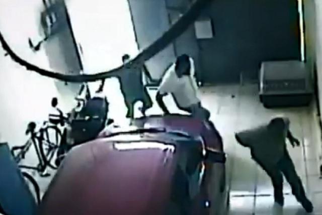 Caen 2 que asesinaron a líder transportista y los captaron en video