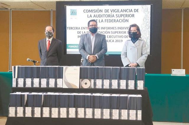 Pagó SEP nómina a 87 muertos en Puebla, detecta ASF