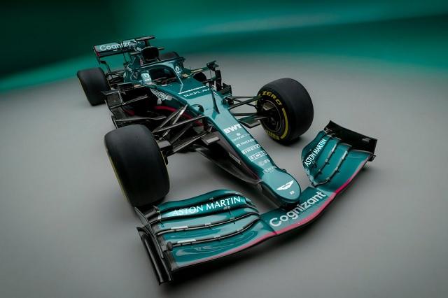 Aston Martin vuelve a la Fórmula 1 con monoplaza similar al de Mercedes