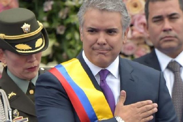 Atacan helicóptero en donde viajaba presidente de Colombia