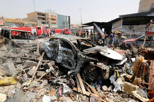 Ataque con coche bomba en Bagdad mata a 12 personas