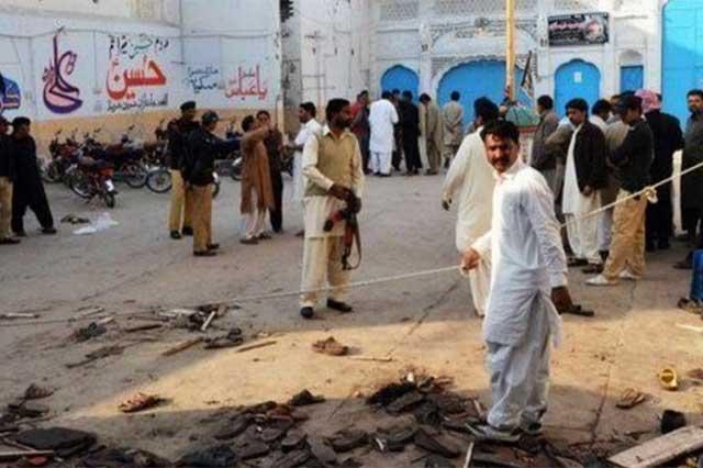 Un ataque suicida en templo de Pakistán deja un saldo de 24 muertos