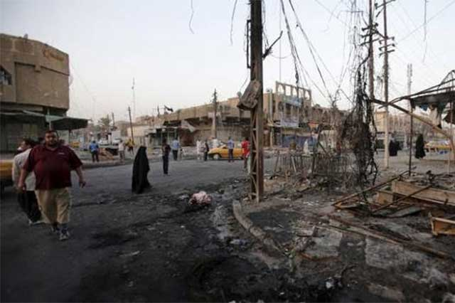 Atacante suicida mata a 20 personas en mercado de Irak