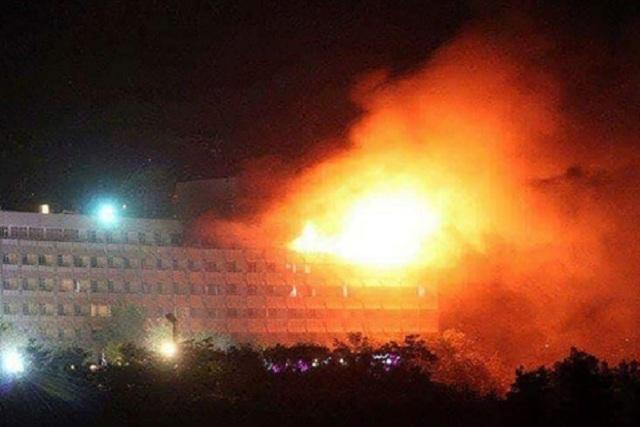 Ataque a hotel de Kabul deja un saldo preliminar de 2 terroristas muertos