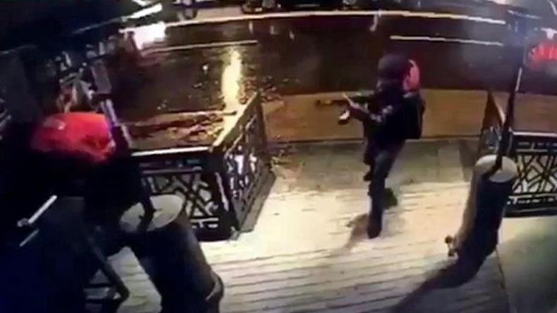 Capturan al sujeto que mató a 39 en centro nocturno de Estambul