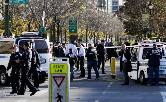 Ataque con automóvil en Manhattan deja un saldo de 8 muertos