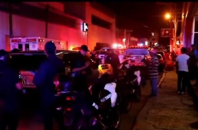 Aumenta a 30 la cifra de personas muertas en ataque a bar de Veracruz