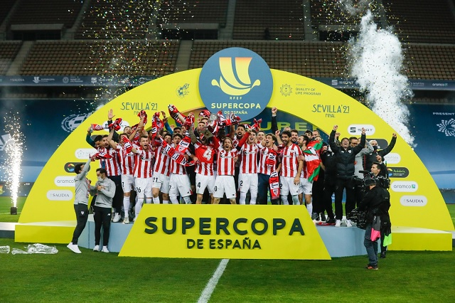 Athletic se impone a Barcelona y es campeón de Supercopa