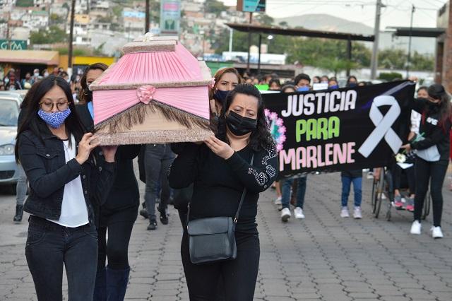 Cárcel a funcionarios si bloquean investigación de feminicidios