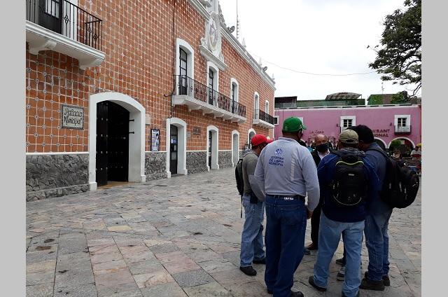 Colectivo de Atlixco pide al gobierno seguridad social para burócratas