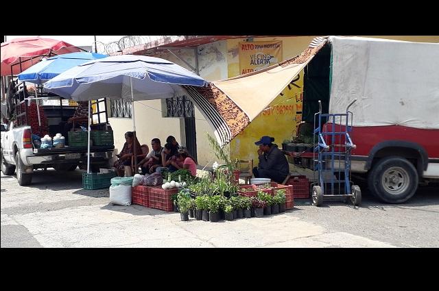 Comerciantes y autoridades de Atlixco siguen en lucha de poderes