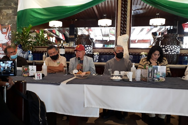Funcionarios del gobierno de Puebla lucran con Migrantes: Carlos Orea
